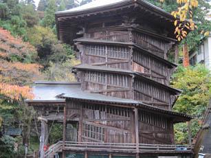 木造二重らせん構造のさざえ堂観光に行こう(会津若松)